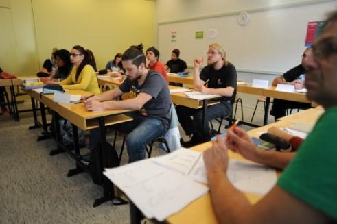 Espoo'da Fince ve İsveççe nasıl öğrenilir?