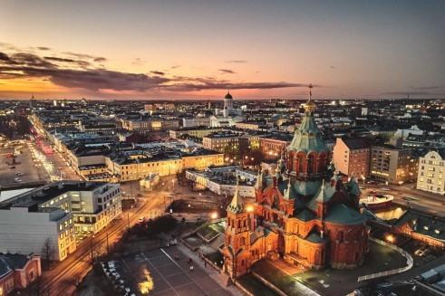 Finlandiya'daki Büyükelçiliklere nasıl ulaşabilirsiniz?