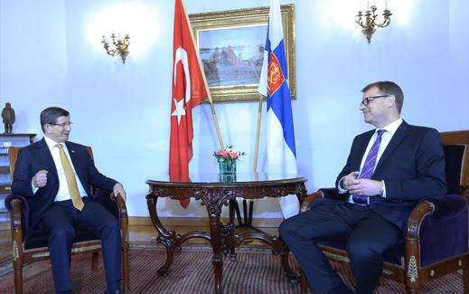 Başbakan Davutoğlu ve Beraberindeki Heyet Finlandiya'daki Temaslarını Sürdürmekte