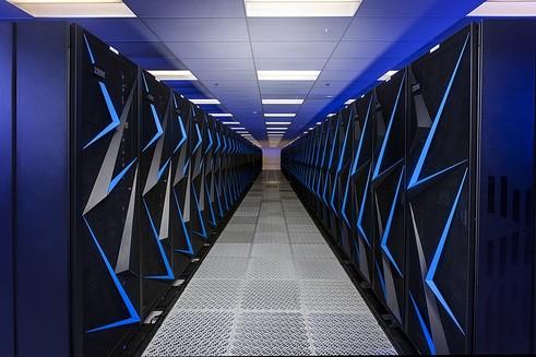 Avrupa'nın en hızlı süper bilgisayarının atık ısısı Kajani'deki evlerin ısıtılmasında kullanılacak