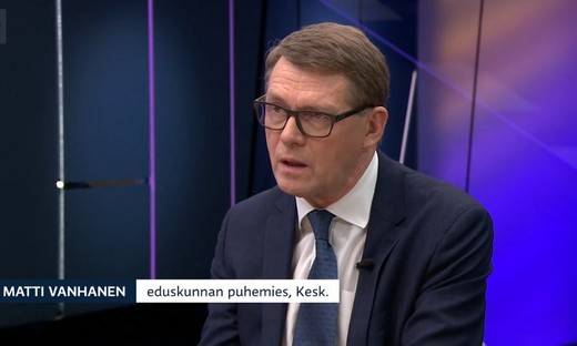 Eski başbakanlardan Matti Vanhanen yeni Maliye Bakanı oldu